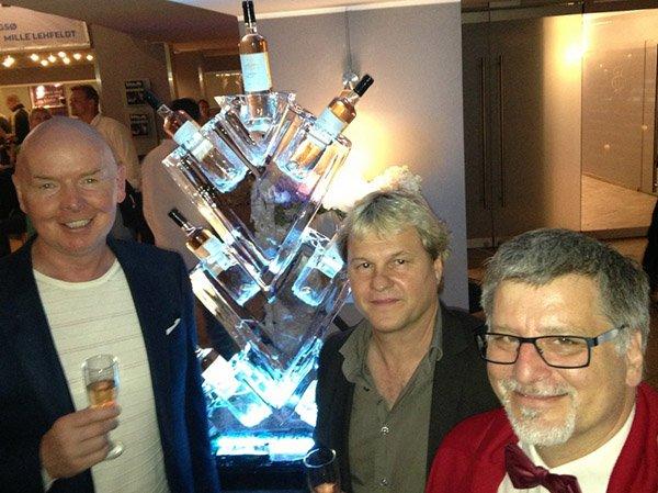 Deutsch & Solberg er et dansk tryllekunstnerpar bestående af illusionisten, Michael Deutsch og close-up magikeren, Joachim Solberg. Begge tryllekunstnere